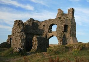 Pennard_Castle_2